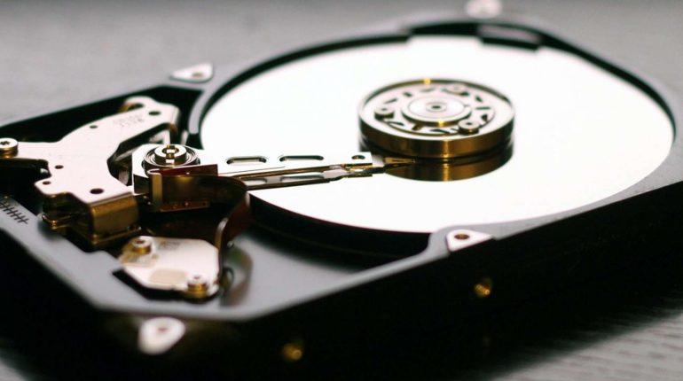 défragmenter régulièrement ses disques durs.